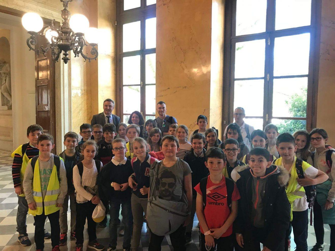 Les élèves de Plabennec à l'Assemblée nationale