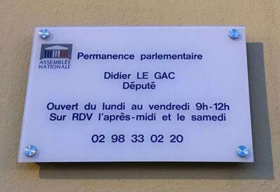 plaque-900x1200