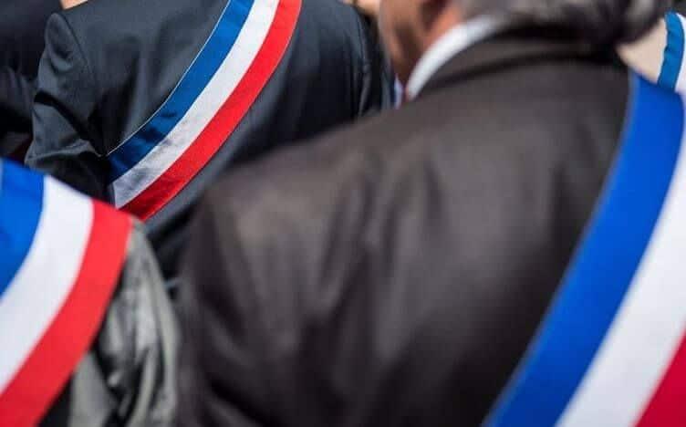 Édito Mars 2019 / Emmanuel Macron à Saint-Brieuc le 3 avril devant les maires de la Région