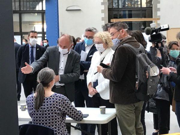 Didier Le Gac aux Job Datind de l'UIMM avec la miistre du travail Muriel Penicaud. Brest 30 juin 2020